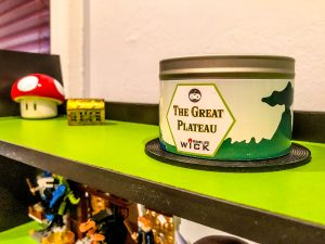 Pixeled Wick candle: The Great Plateau